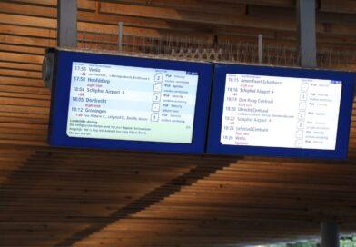 UPDATE | Treinverkeer zeer beperkt weer aan het opstarten na telefoonstoring